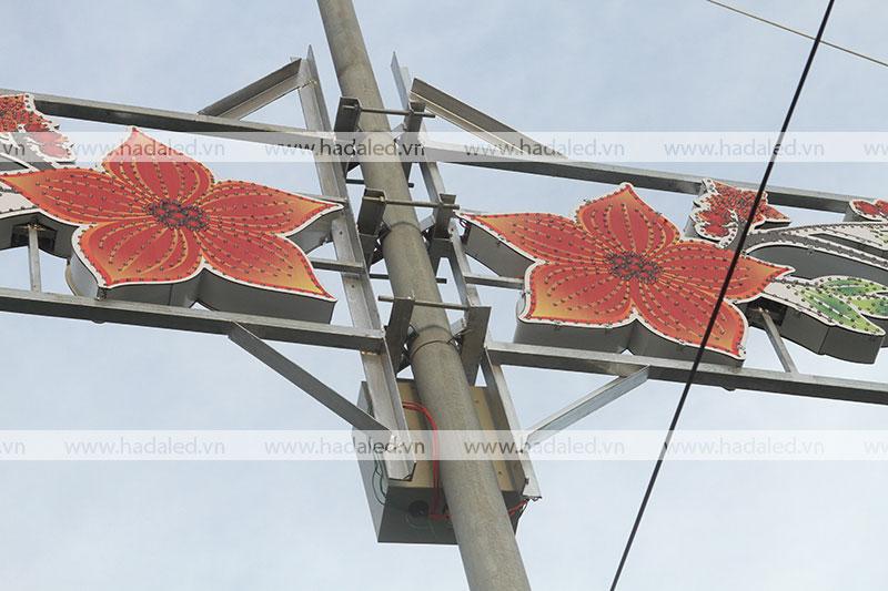 Sản xuất hoa trang trí đô thị