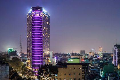 Facede lighting building