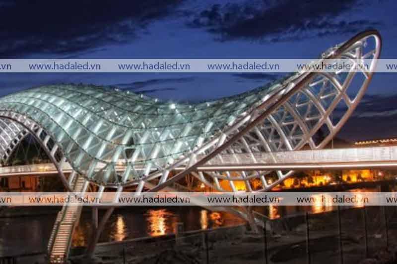 Chiếu sáng mỹ thuật công trình kiến trúc