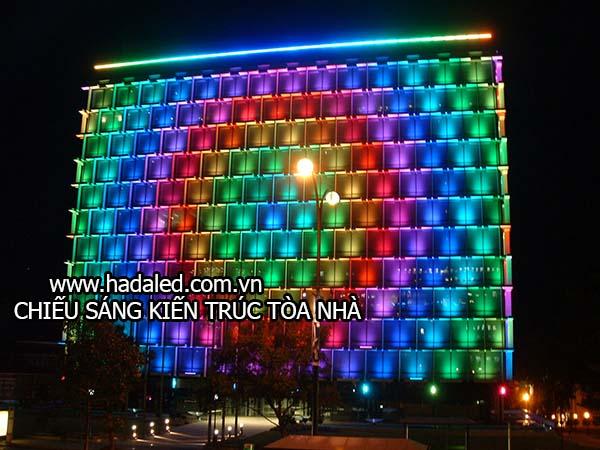 Chiếu sáng kiến trúc tòa nhà