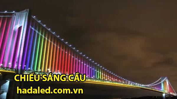 chiếu sáng thành cầu
