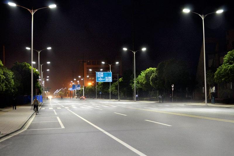 Đèn Led chiếu sáng đường phố