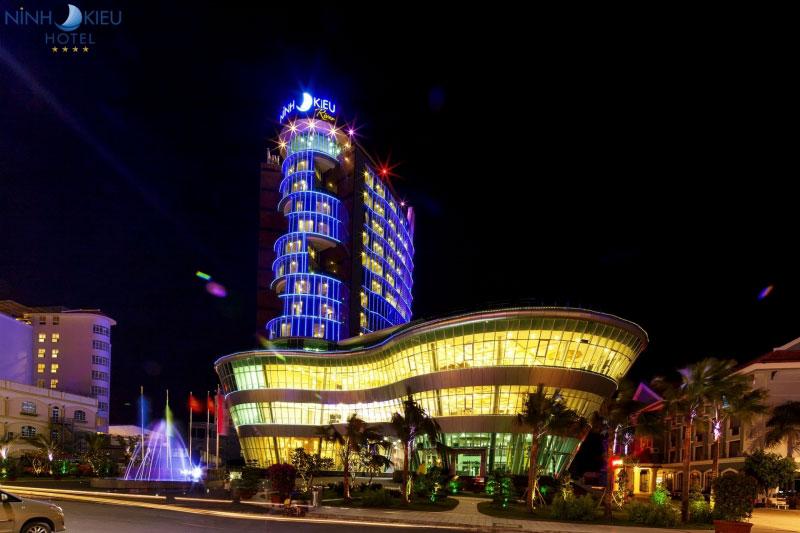 Đèn led trang trí khách sạn