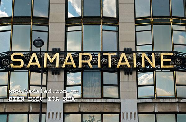 biển hiệu tòa nhà