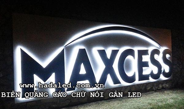 biển quảng cáo chữ nổi gắn led